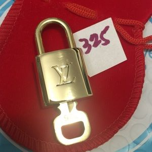 Louis Vuitton lock and key 325